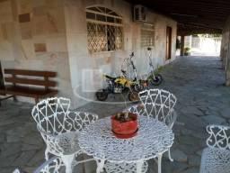 Excelente casa alto padrao para venda no Jd Caparroz em Catanduva, 4 dormitorios sendo 2 s