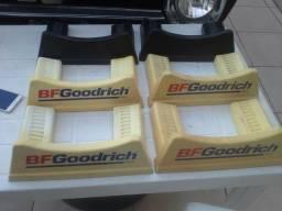 Suporte para pneus BF Goodrich antiguidades decoração