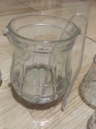 Jogo de copos de whisk