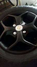 Rodas aro 13 com pneus goodyear