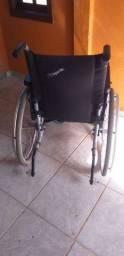 Cadeira jaguaribe em bom estado