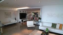 Apartamento com 04 Suítes na Ponta do Farol (TR11696) MKT
