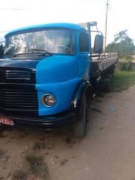 Caminhão 1111