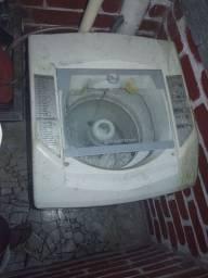 Máquina de lavar usada