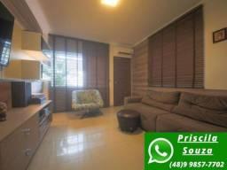 P.S SO0205- Linda casa mobiliada planejada com piscina, 2 suítes!!