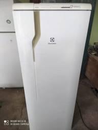 Geladeira Electrolux frostfree 322lt