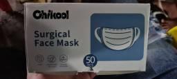 Máscara cirúrgica tripla