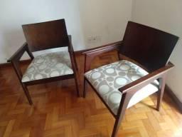 Duas cadeiras marca Herval