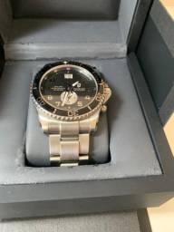 Relógio Victorinox Swiss Army modelo 241441 - Dual Time