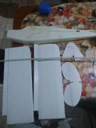 Kit para montar de aeromodelo PIPER j3
