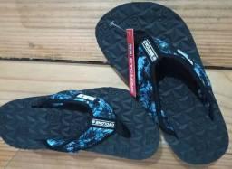 Sandálias e sapatos n