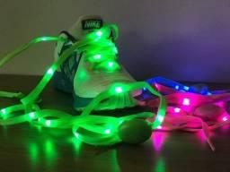 Cadarço de LED para dar aquele rolê