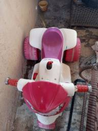 Vendo uma moto elétrica em ótimo estado bateria nova r$ 170 Não entrego