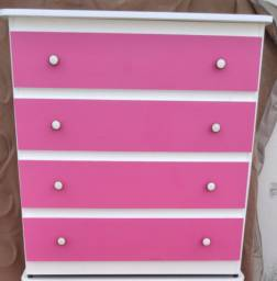 Cômodas rosa