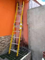 escada de fibra 2,5 metros