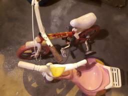 Velotrol e bicicleta infantil