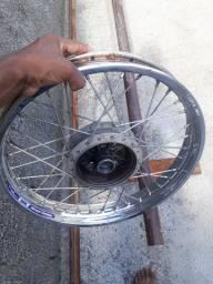 Roda traseira moto factor 125 valor 135.00 reais