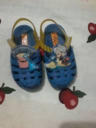 Sandalha para menino nomero 22 po 13 ,00