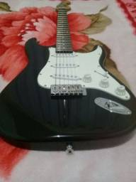 Imperdível Guitarra nova + capa por R$ 450,00
