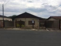 Casa de 4 quartos, região central de lagoa santa