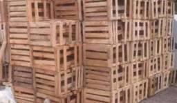 Caixas de madeira para banana