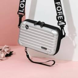 Bolsa Feminina Mini Bag Transversal Rígida Nova Alça Escrita<br><br>