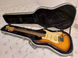 Guitarra Fender Squier Stratocaster Korea com Floyd Rose