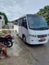 Vendo micro ônibus Volare V8 ano 06/07