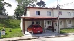Alugo casa mobiliada tipo village. Condomínio fechado ao lado da uesc.