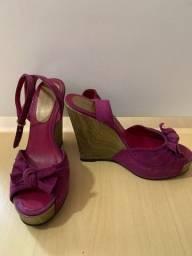 Sandália anabela roxa 37