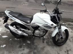 Moto fazer 250cc 14/15
