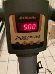 Plataforma vibratória athletic advanced 900vm usada