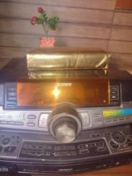 Vendo um som da sony potência d 880w no (220wx4 Rms