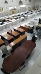 Mesas e cadeiras para empresa