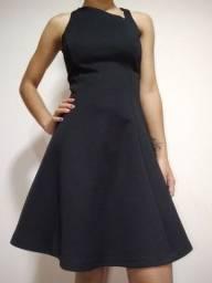 vestido básico preto zara