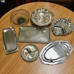 Travessas, Bandejas e Outros utensílios de metal a R$ 10,- cada