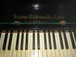 Piano francês