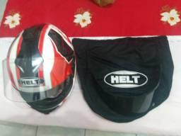 Lindo capacete Helt