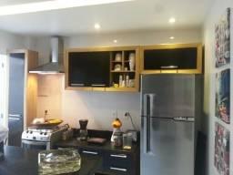 Título do anúncio: Apartamento 2 Quartos c/Garagem e Área externa - São Pedro