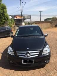 Vendo Mercedes Série B - 2009