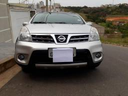Vendo Nissan Livina - 2014