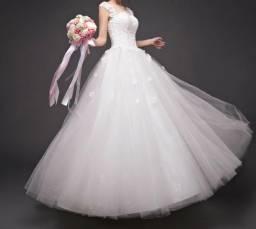 Vestido de noiva princesa NOVO (nunca usado) + saiote