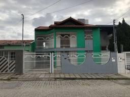 Casa no Catolé, 04 quartos (Sendo 02 suítes)