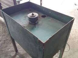Maquina para acabamento de chinelo