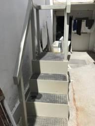 Escada Industrial resistência à água e maresia
