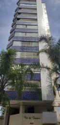Apartamento 03 dormitórios, 01 suite, nas 4 Praças, semi mobiliado