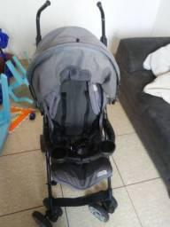 Carrinho de bebe com bebe conforto burigoto