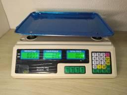 Balança comercial pesa até 40kg