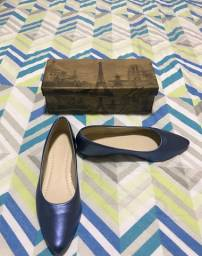 Sapatilha azul metalizada número 36 Nova sem uso R$15,00 Whats 15- * Somente venda