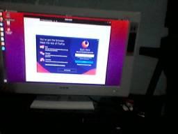 Tv / monitor 24 polegadas funcionando perfeitamente